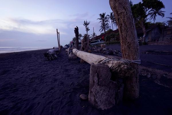 バリ島の雑貨で使われる木材とは? 木材の特徴について