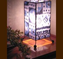 バリ島手作り インテリアランプ イカット角型 C